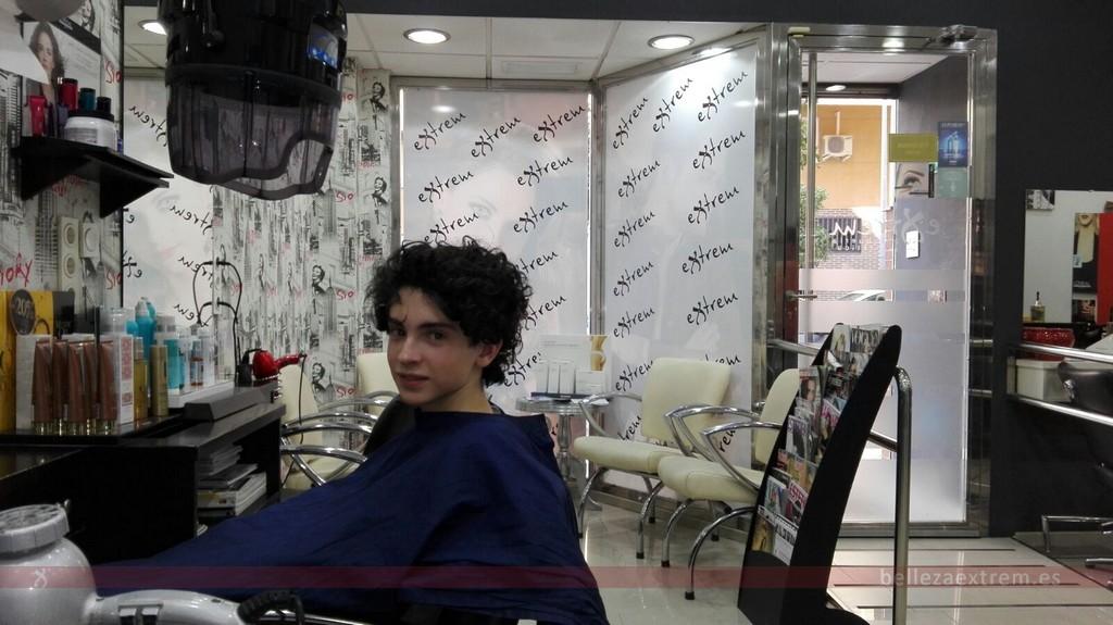 Cambio de look para joven en Extrem peluquería de Jaén