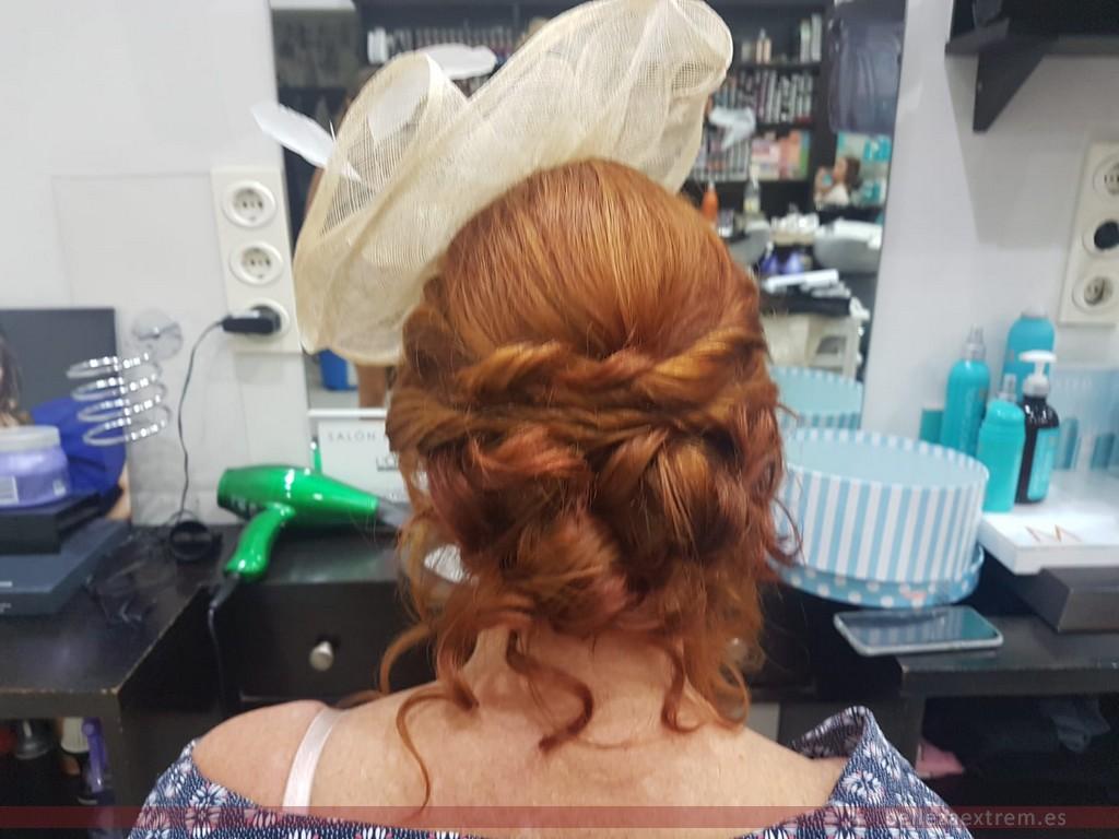 Extrem peluquería. Trabajos de recogidos y ondas para ir de boda