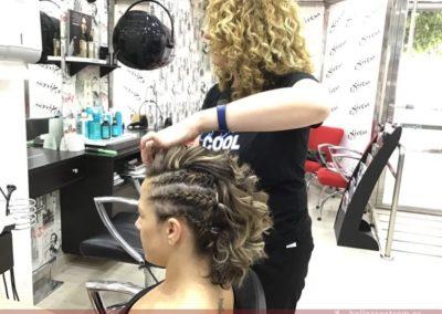 Semi-recogido con trenzas y ondas en Extrem peluquería Jaén