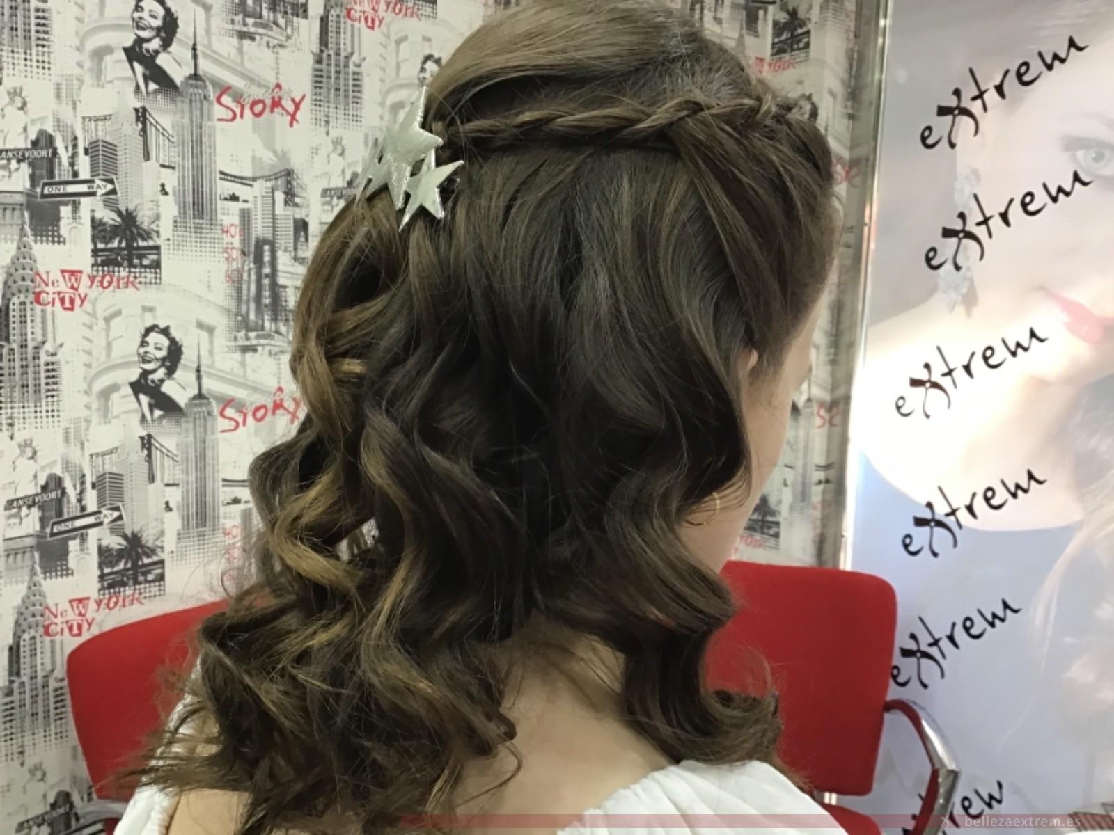 Trabajos de peluquería y maquillaje para ir de Comunión en Jaén