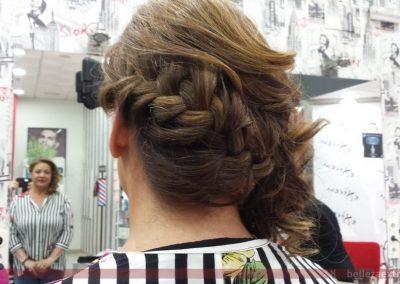 Recogido con trenzado para boda realizado en Extrem peluquería de Jaén