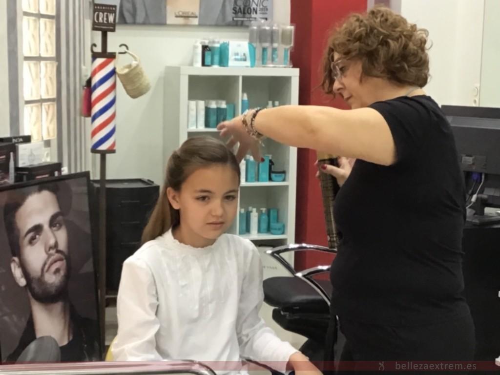 Recogido para fotos de Primera Comunión en Extrem peluquería