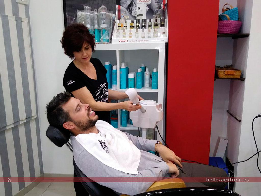 Afeitado corte y peinado para hombre para boda en Extrem peluquería