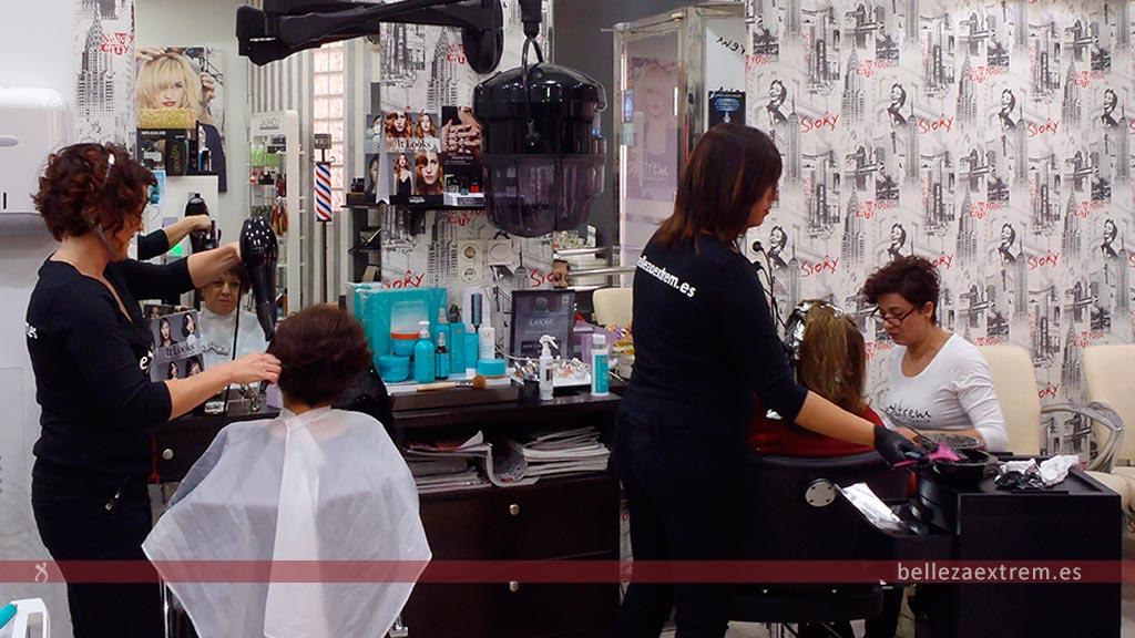 Centro de belleza Extrem trabajando
